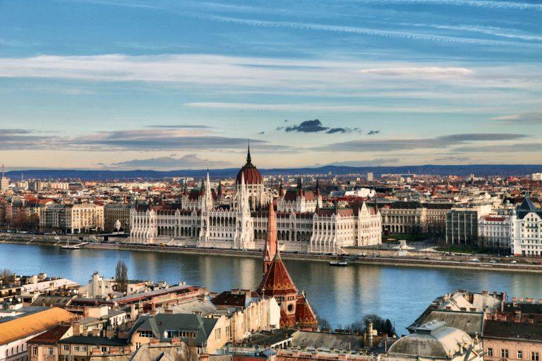 Виза в Венгрию 2019